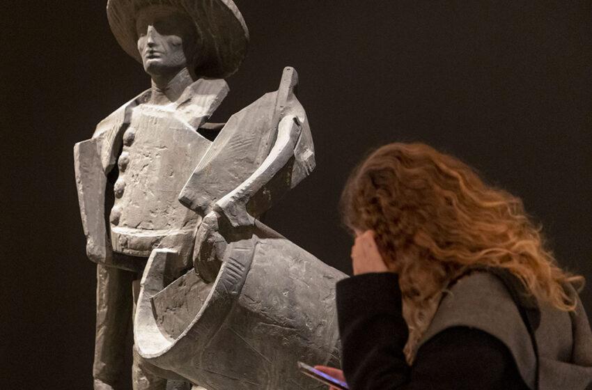 """La sala Santo Domingo muestra un recorrido por """"la vida y el arraigo"""" del escultor salmantino Venancio Blanco"""