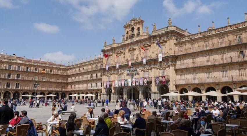 Los nuevos contagios se disparan hasta los 56 en Salamanca mientras se registra otro fallecido por covid