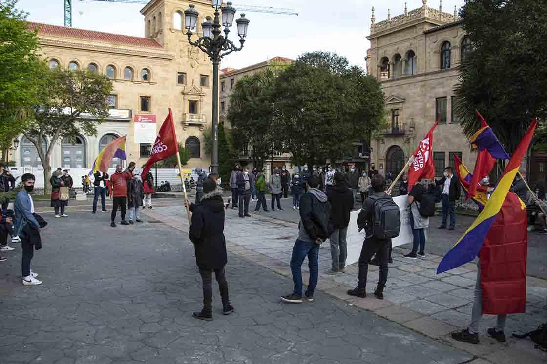 dia republica juventud comunista almudena iglesias (3)