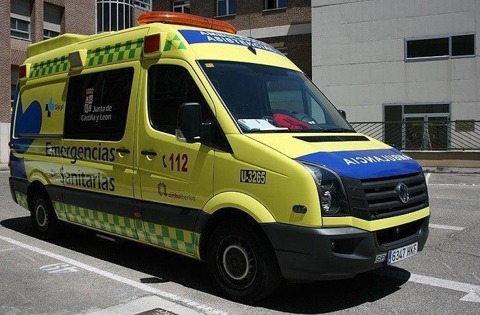 Una mujer resulta herida tras un accidente en la plaza de Poniente