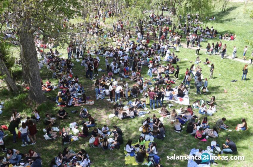 Salamanca celebra un Lunes de Aguas marcado por la pandemia