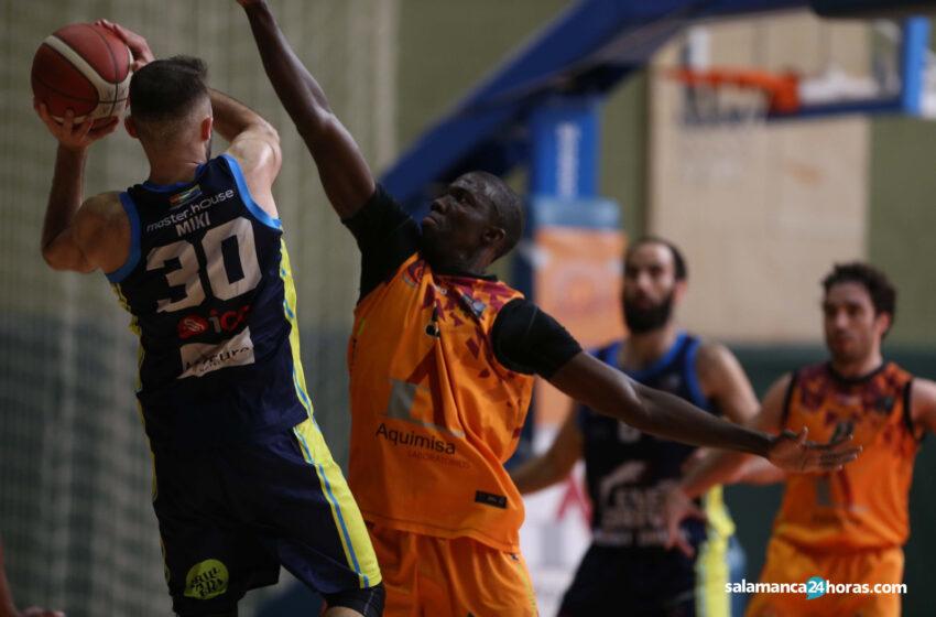El Carbajosa Basket cae ante Algeciras DAM y tendrá que esperar resultados para certificar su permanencia en LEB Plata
