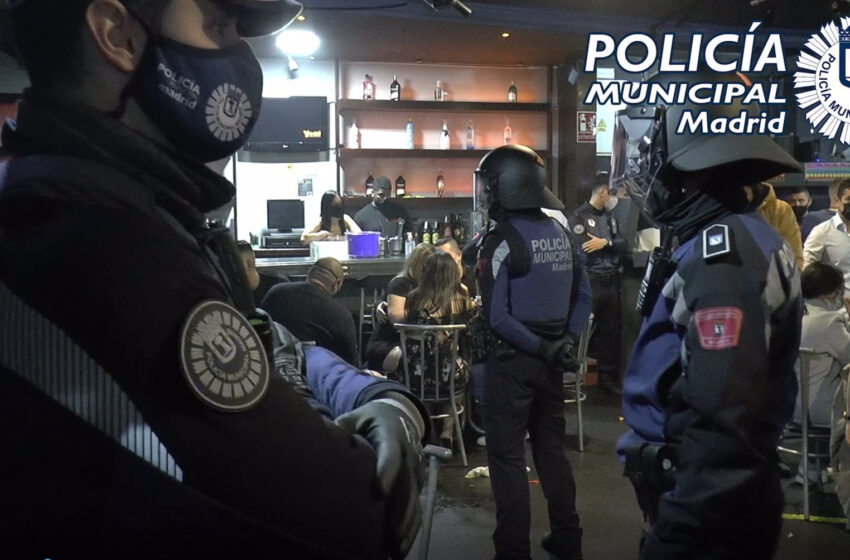 La Policía Municipal de Madrid intervino en 354 fiestas ilegales el fin de semana, una con 216 denunciados en una discoteca