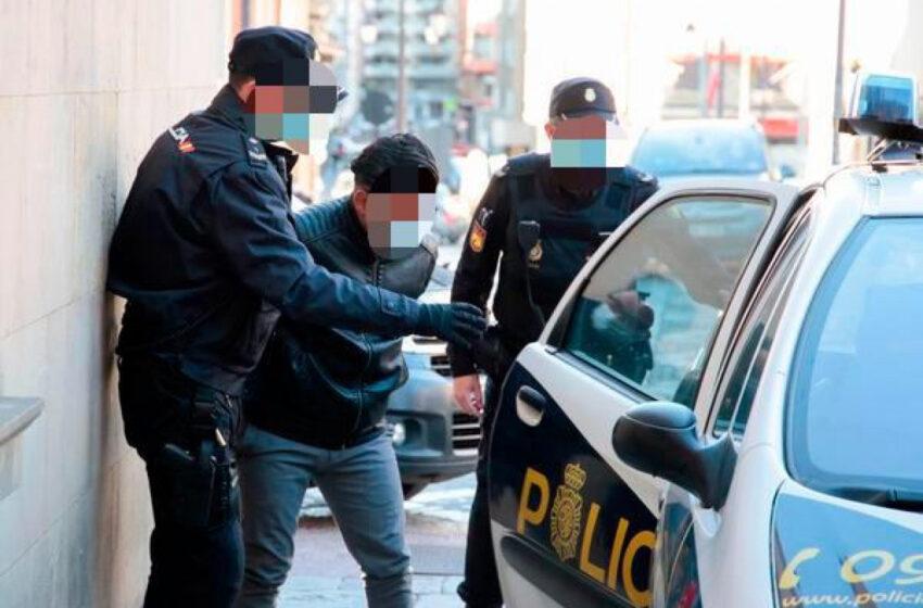 Cuatro detenidos en Zamora tras descubrirse un fraude con permisos de conducir de Venezuela
