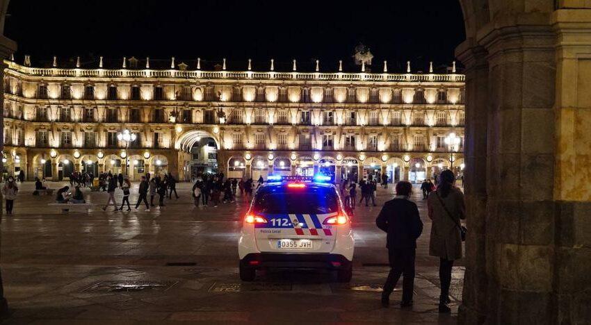 Dos detenidos en Salamanca por facilitar la huida de dos jóvenes que no llevaban mascarilla