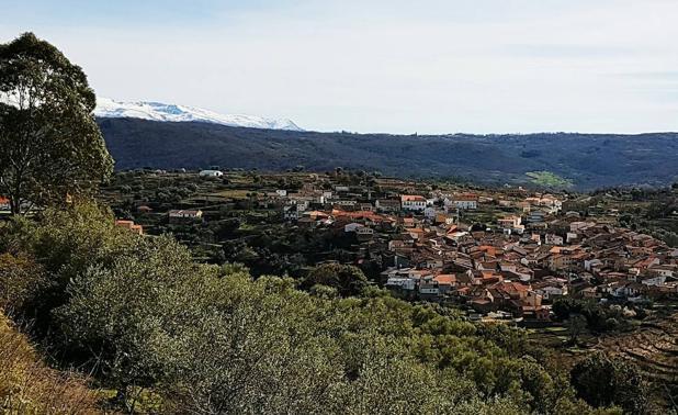 Vista general de San Esteban de Sierra.