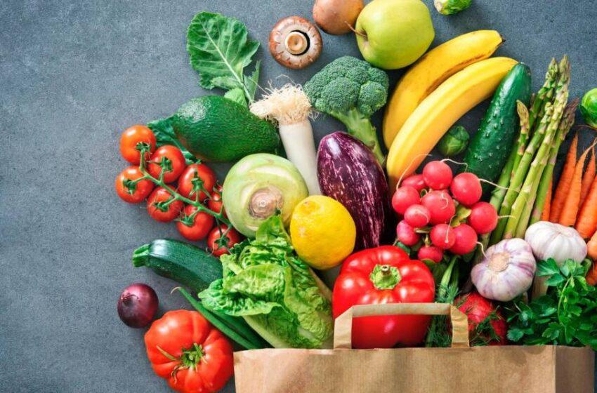 9 alimentos saludables y bajos en calorías que puedes tomar a diario para adelgazar