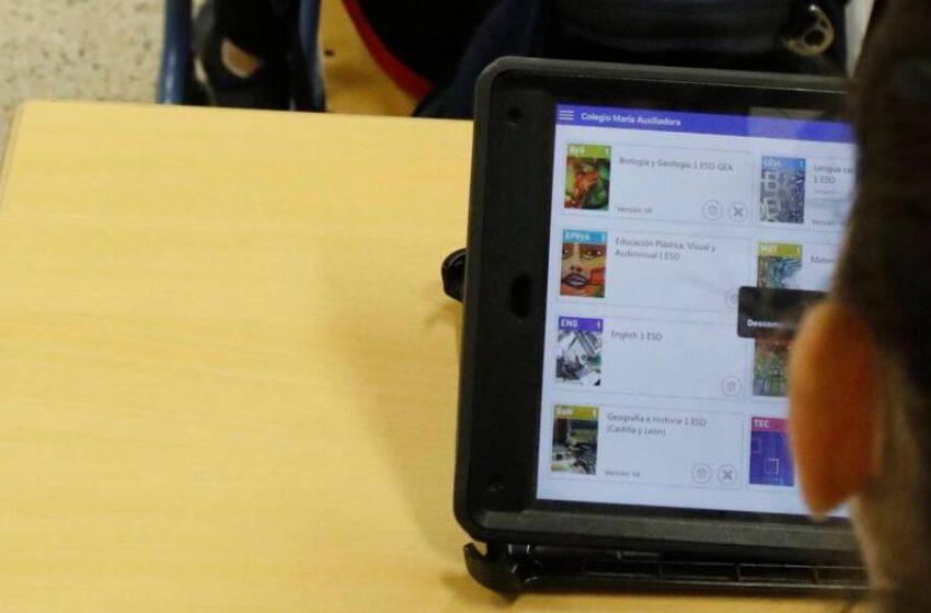 Los portátiles que prometió el Gobierno para los escolares no llegarán a Salamanca hasta final de curso