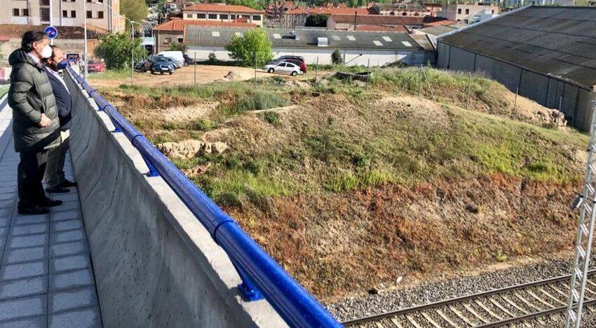 Salamanca reclama al Gobierno que agilice la electrificación de la vía y recupere las conexiones pendientes