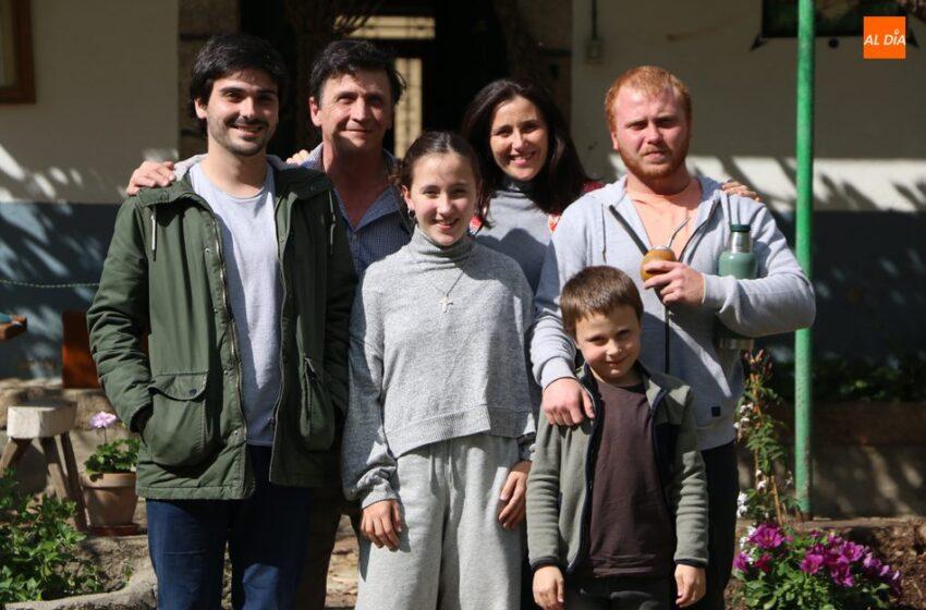 De Argentina a Peralejos de Abajo en busca de un nuevo proyecto de vida