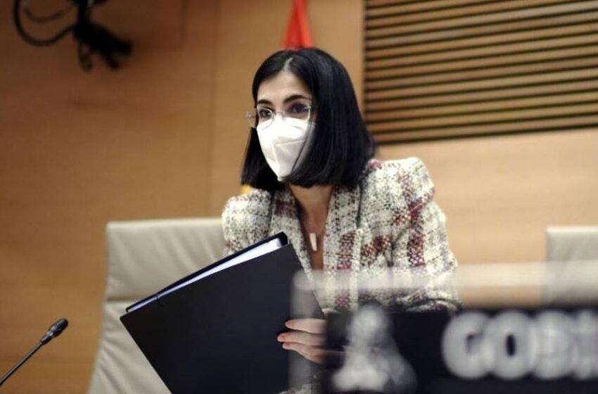 Darias avanza que el martes llegará a España la vacuna de Janssen y llama a la calma sobre AstraZeneca