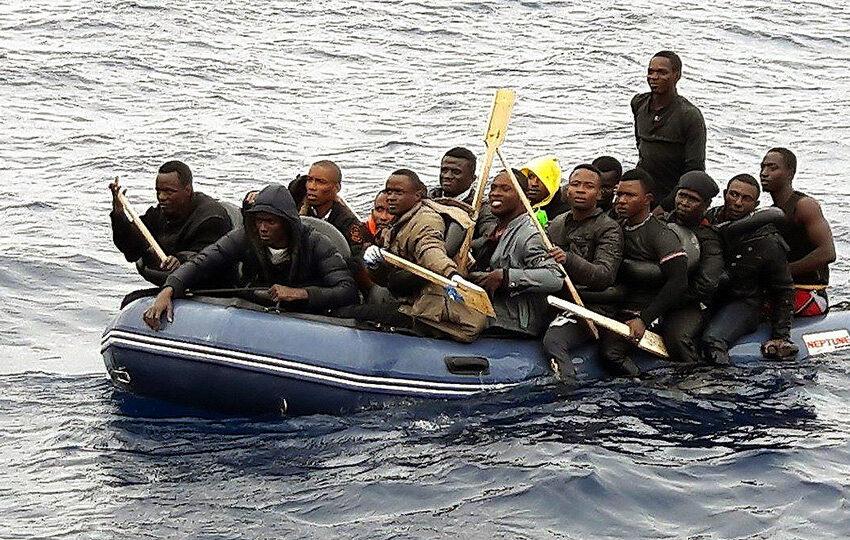 El año 2020 registró la segunda mayor cifra de llegadas de inmigración irregular por mar de los últimos veinte años