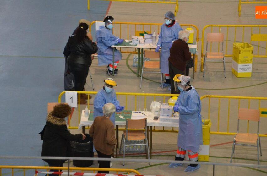 Fijada para el viernes la vacunación de las personas de 60 a 65 años de la Zona Básica de Robleda
