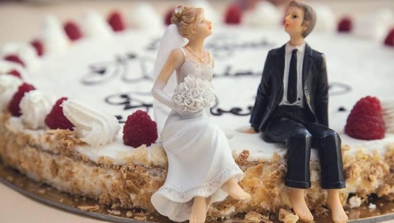 Así serán las bodas este 2021: reducidas, al aire libre y 'last minute'
