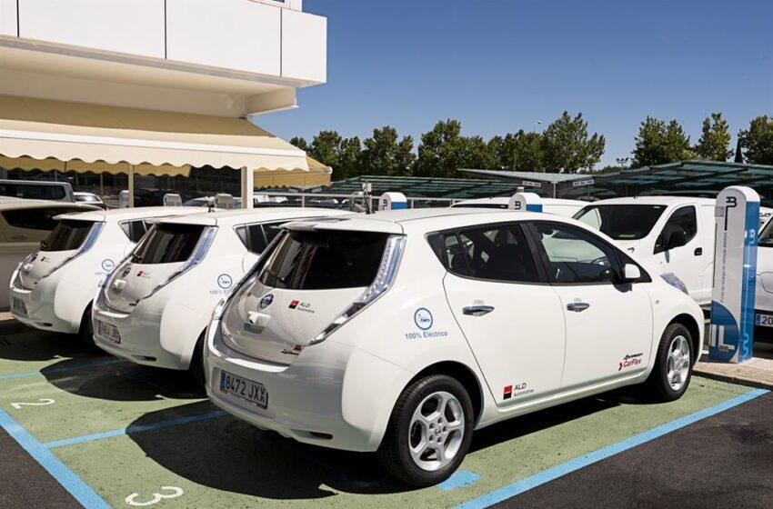El Moves III ofrecerá ayudas de hasta 7.000 euros a la compra de un coche eléctrico desde este sábado
