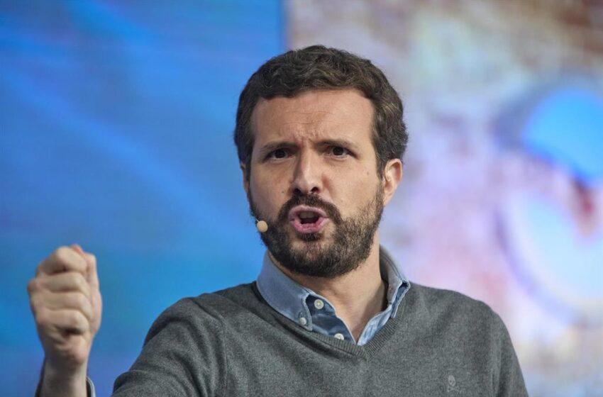 Casado dice que «ofreció todo» a Arrimadas, incluso converger las direcciones de PP y Cs, pero eligió a Sánchez