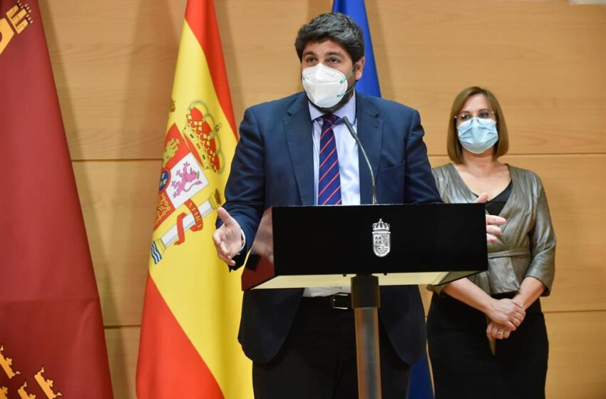 El PSOE denuncia a López Miras y a los exdiputados de Ciudadanos por delito de cohecho tras la moción de censura