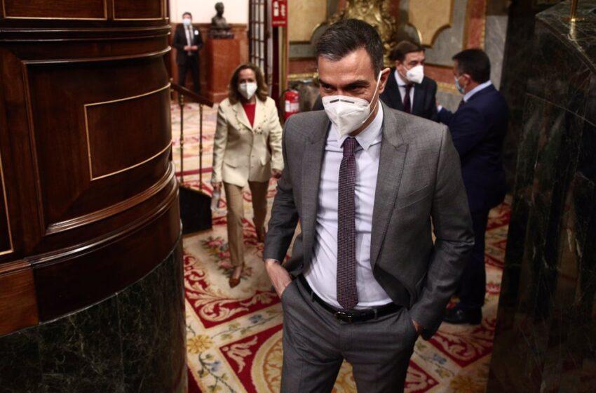 Sánchez ataca a Ayuso y acusa a Casado de ir a buscar «bronca» al Parlamento como Abascal fue a buscarla a Vallecas