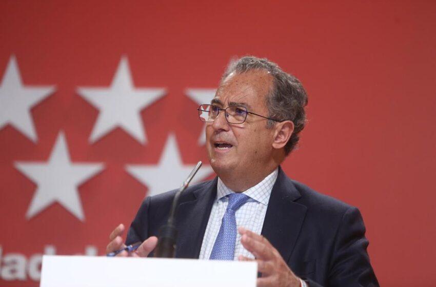 Madrid urge a Sánchez a «buscar soluciones alternativas» para la vacunación y «no esperar a que las diga Ayuso»