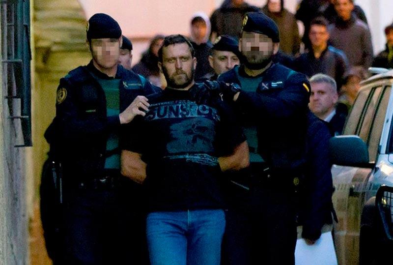 Para no ir al juicio por asesinar a dos guardias civiles y a otro ciudadano en Teruel en 2017