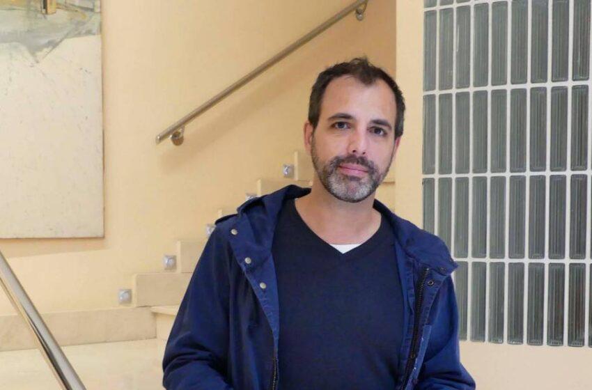 """El escritor salmantino Fernando Díaz: """"Dejo reposar mucho los libros, no tengo la prisa de la juventud"""""""