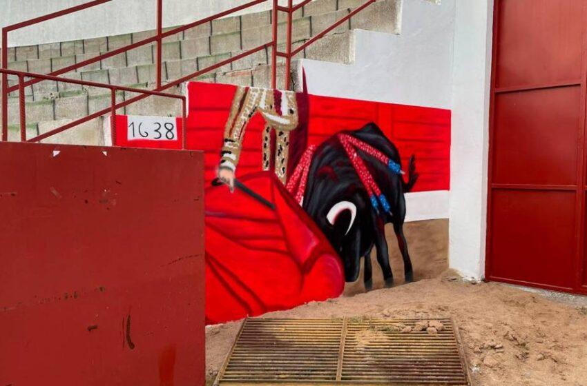 Una plaza de toros salmantina con mucho arte