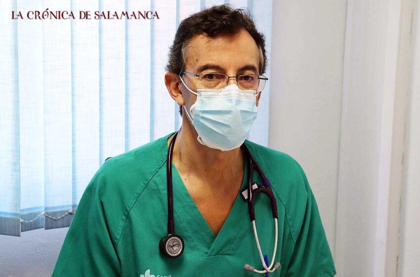 Miguel Ángel Delgado, médico de Urgencias, reflexiona sobre la pandemia más de un año después