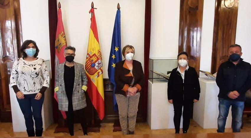 La subdelegada del Gobierno recibe a la nueva asociación de empresas de economía social de Salamanca
