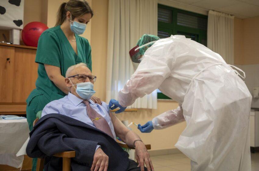 Junta levanta las restricciones al estar inmunizadas al 97%