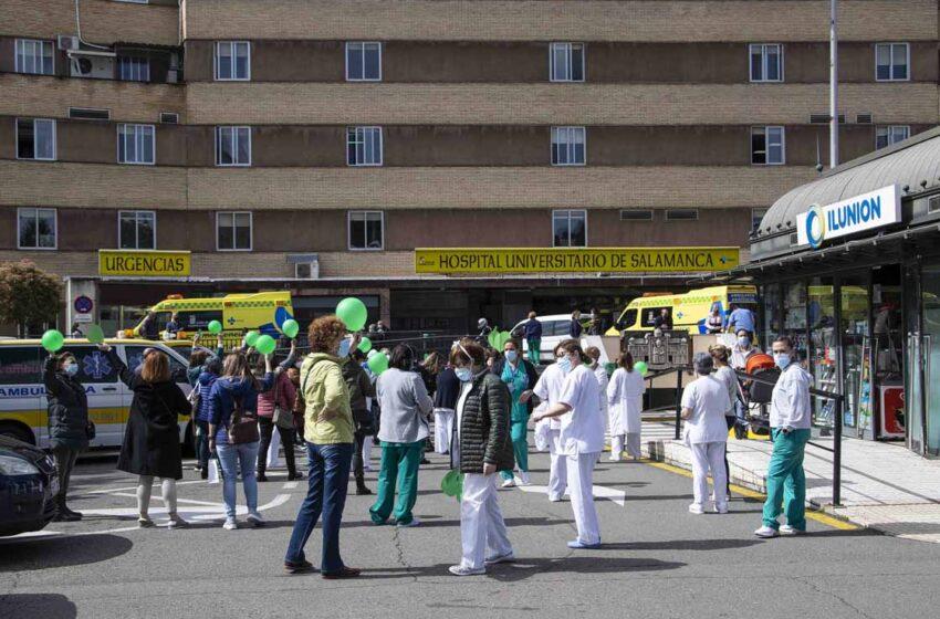 Nueva protesta ante el Hospital Clínico