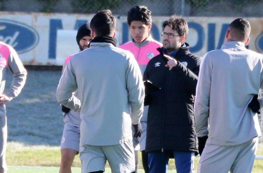 El 'bloqueo FIFA', el secreto de la plantilla corta del Salamanca