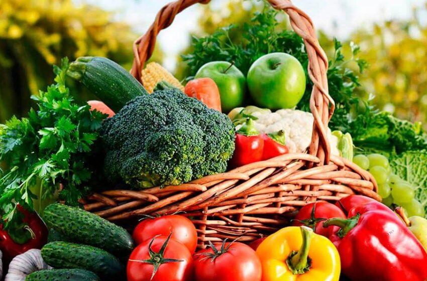 La cena 'perfecta' según los nutricionistas para perder peso sin pasar hambre