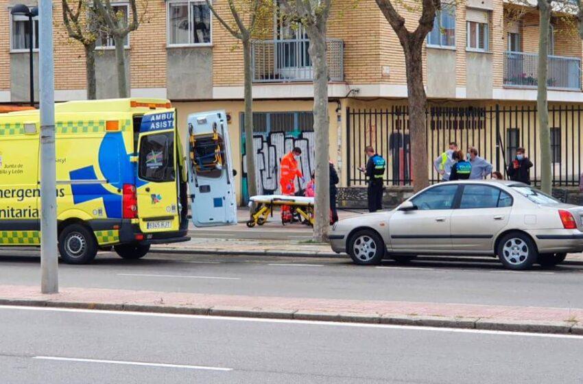 Madre e hija heridas tras una colisión múltiple en la avenida de los Cipreses