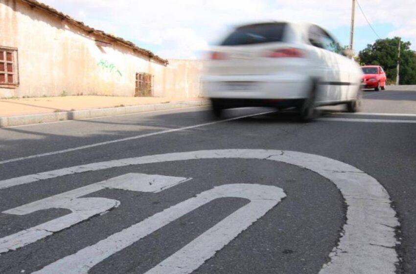 Más de una veintena de denuncias por drogas, alcohol y temeridades al volante en las concentraciones de coches de los polígonos de Salamanca
