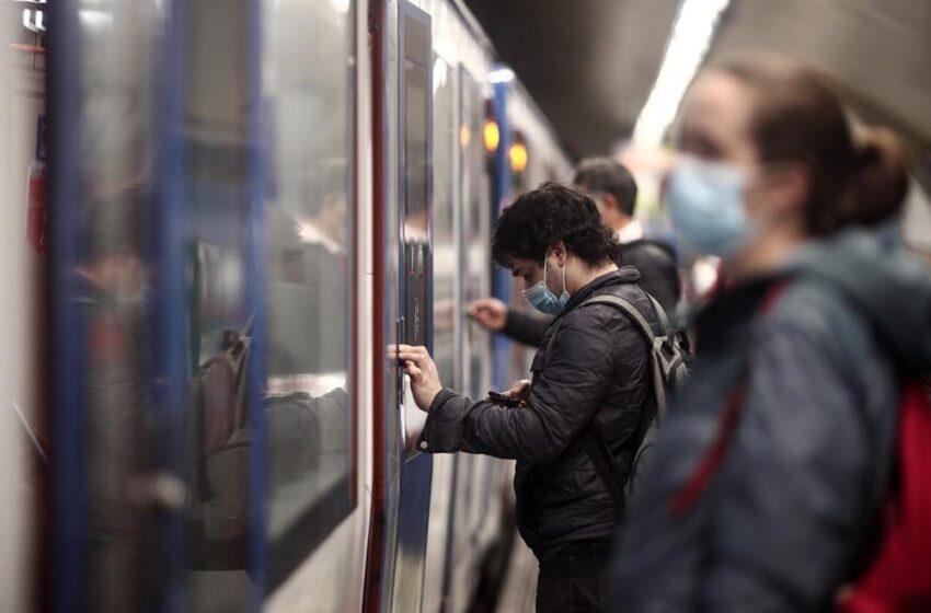 Detenido el presunto agresor de un sanitario en el Metro de Madrid por pedirle que se pusiera mascarilla
