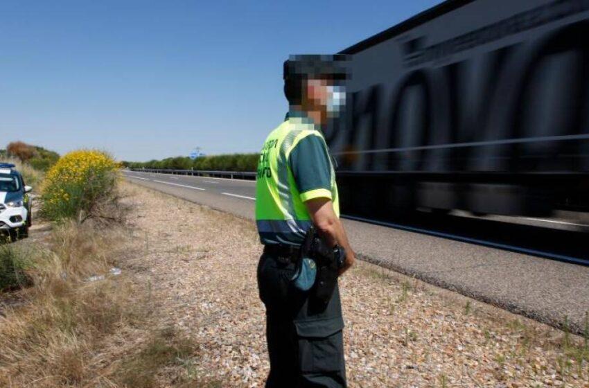 Detenido un pasajero de un autobús en Ciudad Rodrigo por ir cargado con un kilo de cocaína