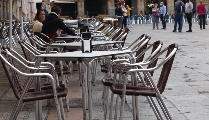 Prosigue la desescalada del COVID en Salamanca, con 15 positivos este jueves y ninguna muerte en el Hospital