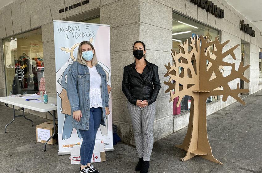 La villa chacinera acoge una exposición itinerante y un taller para concienciar sobre la igualdad organizada por Fademur
