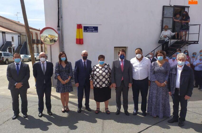 Montejo dedica una plaza y la residencia de mayores a la memoria de Eloy García