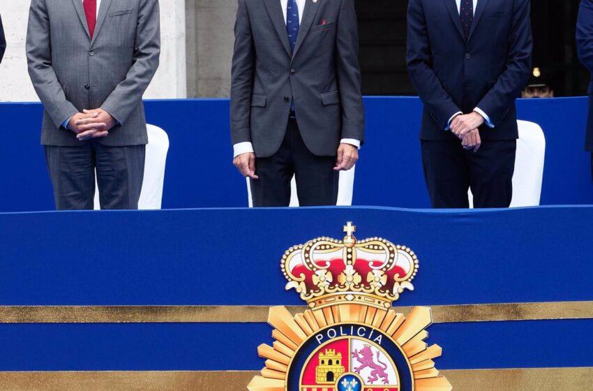 Marlaska desmiente al abogado de Puigdemont y dice que «no había ninguna autoridad española» cuando fue detenido