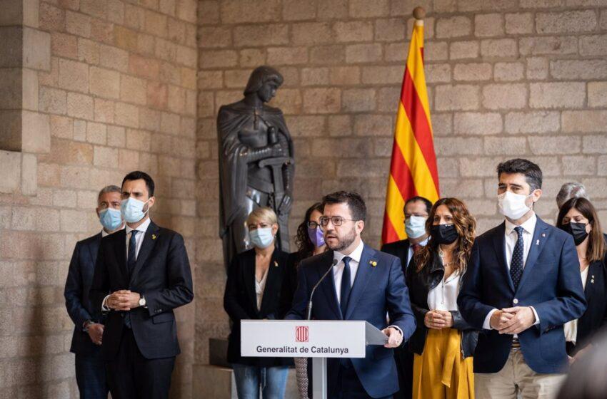 Aragonès celebra que Puigdemont quede en libertad pero critica «la persecución judicial»